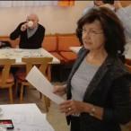 Ingrid Stryjski begrüßt die Mitglieder des Ortsvereins